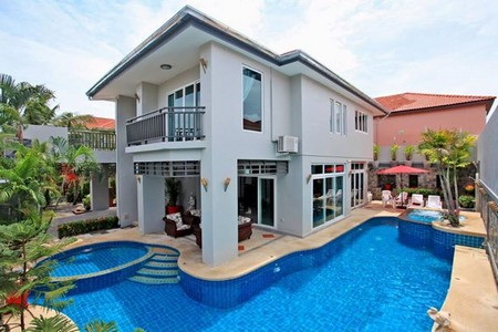 pool villa for rent in jomtien